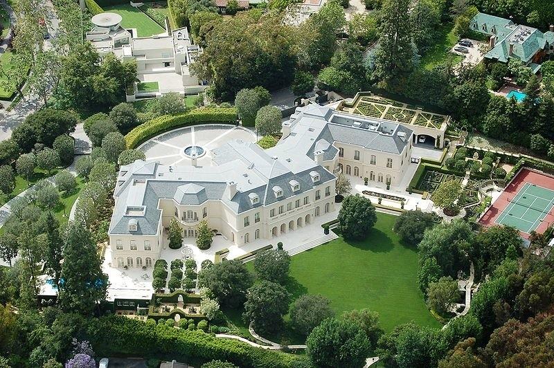 prestiżowe lokalizacje, luksusowe domy fot. Aaron Spelling Co